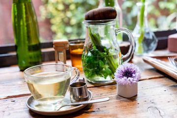 7 Best Tea for Bloating and Stomach Gas Relief
