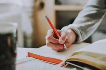 How to Create a Habit of Writing in a Journal