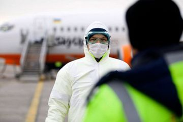 Weather and protests hamper Ukraine quarantine efforts