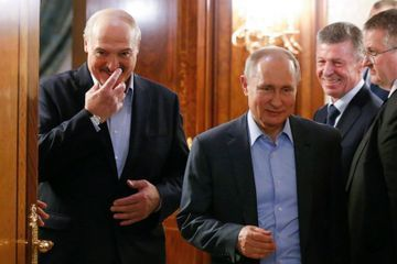 Presidents of Russia, Belarus discuss oil price dispute