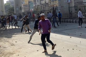 7 killed in New Delhi protests ahead of Trump's visit